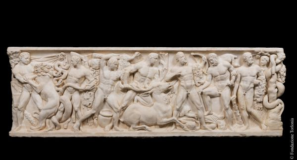 Sarcophagus with lid and decorated with the Labours of Hercules